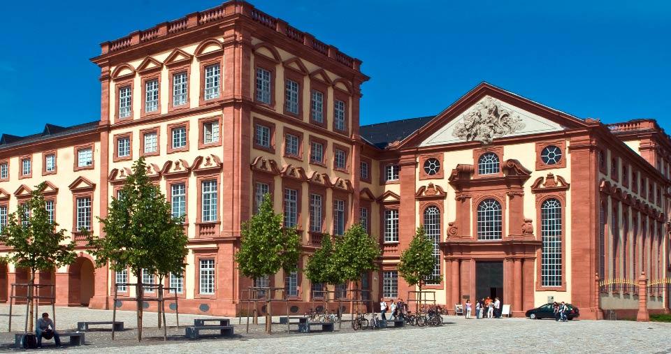 Shooting mit Joti I. und Sabine II. – das Mannheimer Stadtprinzenpaar